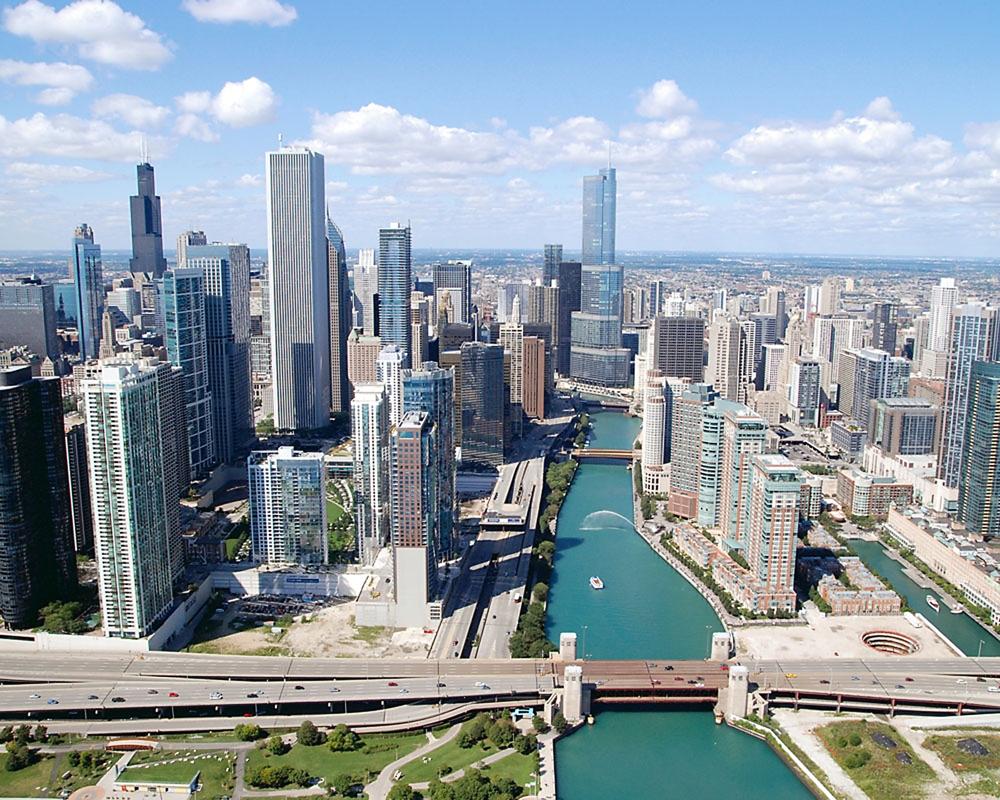 Near East Side Neighborhood Amp Chicago River Chicago Loop