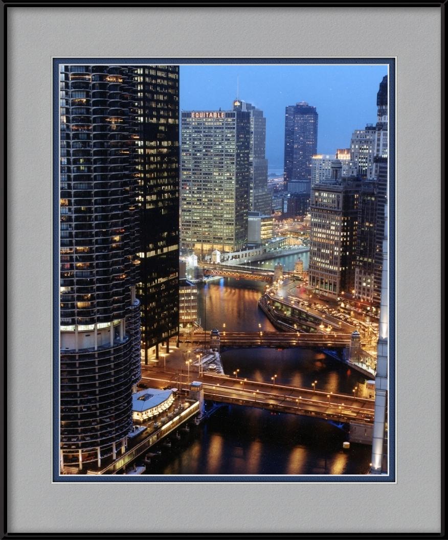 Marina City Towers Amp Chicago River Chicago Skyline