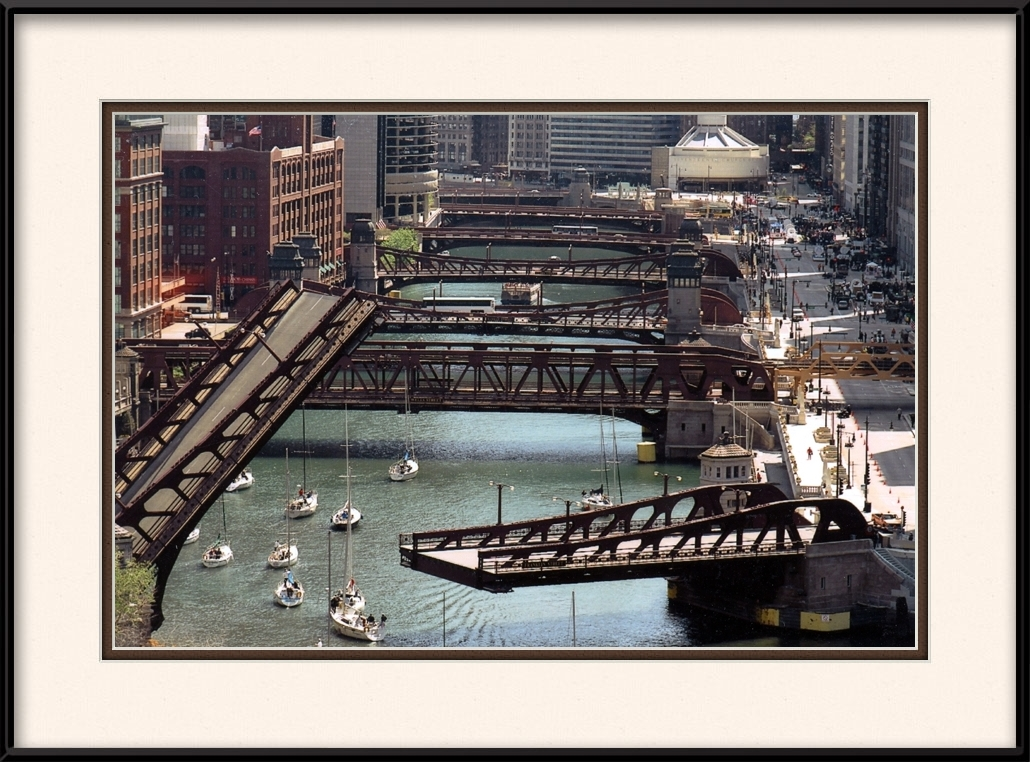 framed-print-of-chicago-bridge-opening