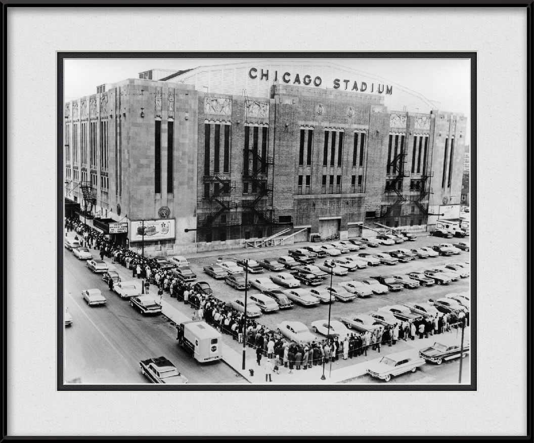 framed-print-of-vintage-chicago-stadium-print-historical-blackhawks-black-white