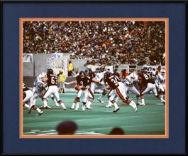 framed-picture-of-walter-payton-jim-mcmahon