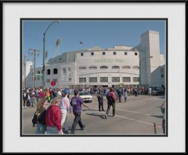 picture-of-front-of-old-comiskey-park