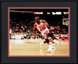 framed-print-of-michael-jordan-drives-past-drexler-tongue-out