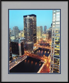 picture-of-marina-city-and-the-river