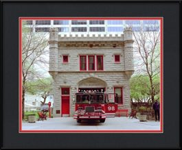picture-of-chicago-water-tower-firehouse
