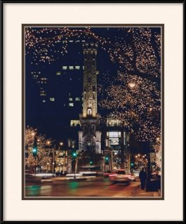 picture-of-water-tower-chicago-holiday-lights