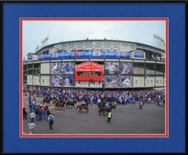 picture-of-opening-day-on-chicago-cubs-marquee