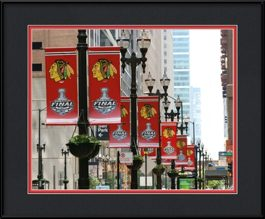 picture-of-blackhawk-banners-around-city-hall