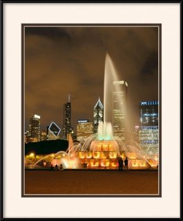 picture-of-golden-buckingham-fountain