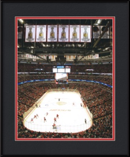 picture-of-6-stanley-cup-banners-at-united-center