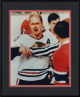picture-of-bobby-hull-bloody-face-vintage-chicago-blackhwaks