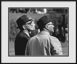 picture-of-vintage-chicago-bears-george-halas-vince-lombardi