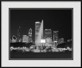 buckingham-fountain-night-view-framed-picture