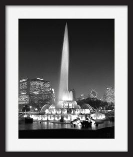 framed-print-of-buckingham-fountain-display