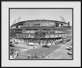 cubs-marque-wrigley-field-black-and-white--framed-picture