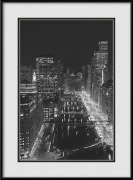 picture-of-chicago-river-east-view-black-white