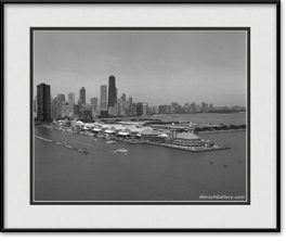 picture-of-aerial-of-navy-pier-and-chicago-skyline