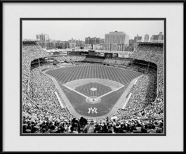 picture-of-old-yankee-stadium-black-white