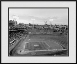 picture-of-black-white-fenway-park-red-sox
