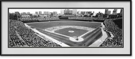 picture-of-black-white-wrigley-field-panoramic-cubs-vs-pirates