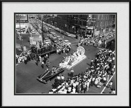 framed-print-of-pilsen-neighborhood-july-4th-car-parade